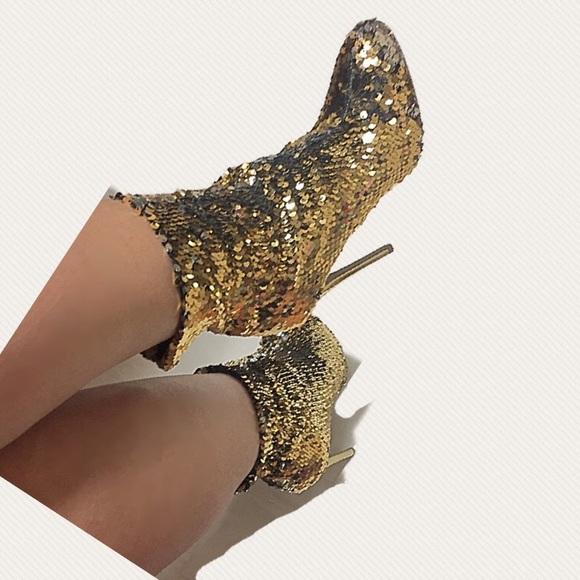 0eacf8efc34 Wild Diva Gold Sequin Booties